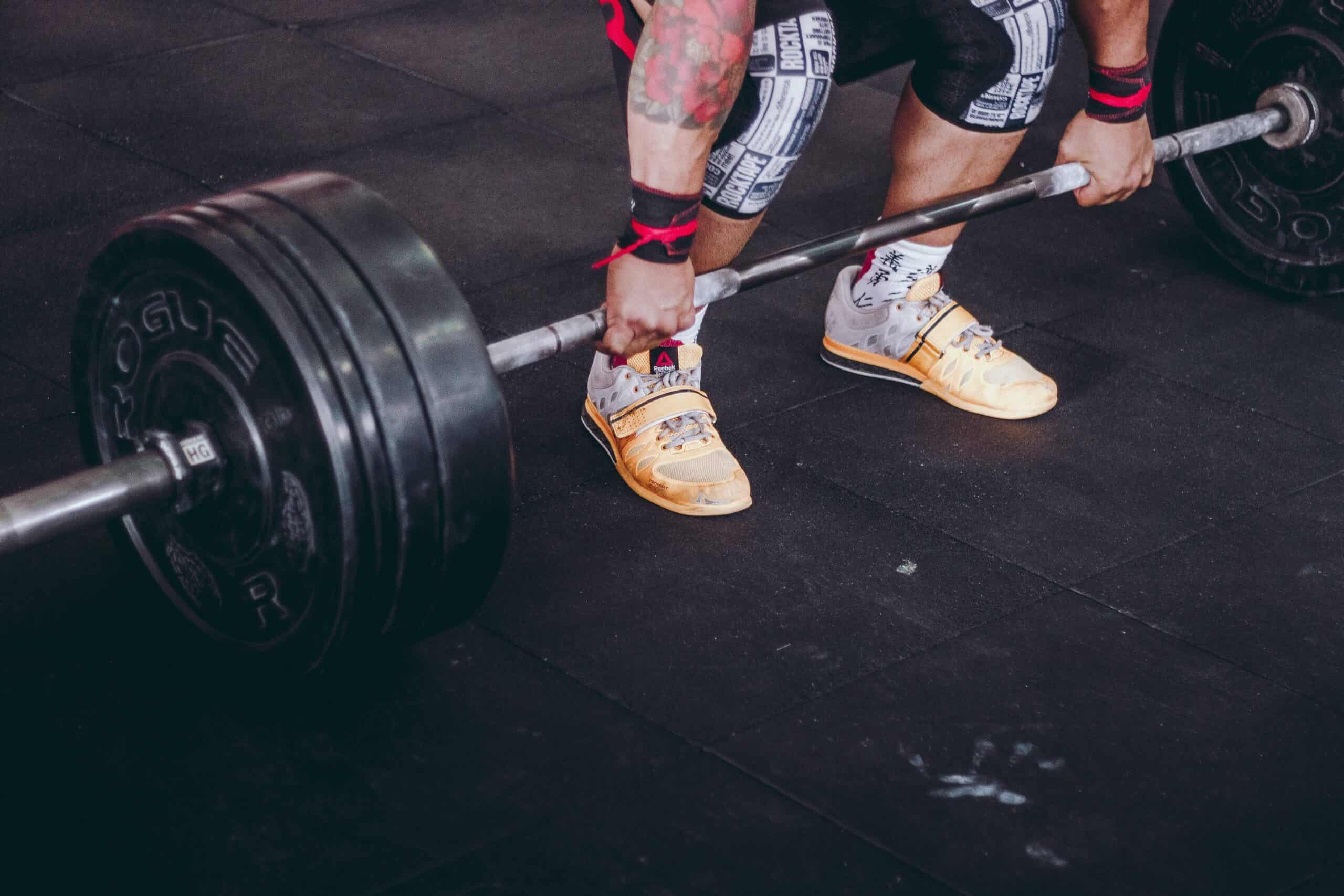 11 Best Barbells for Home Gym + Buying Guide